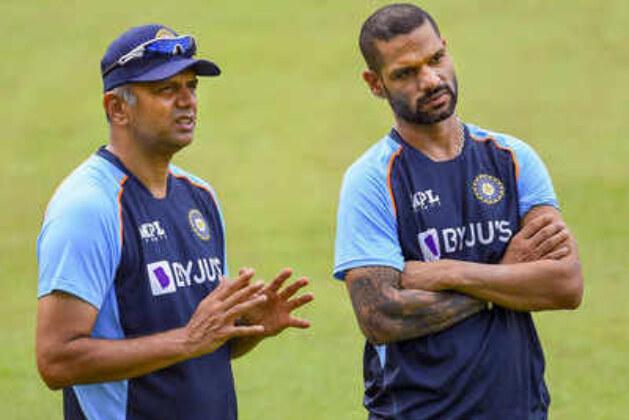 India vs Sri Lanka 2nd T20I Live Cricket Score: Four debutants for India, Sri Lanka opt to bowl.