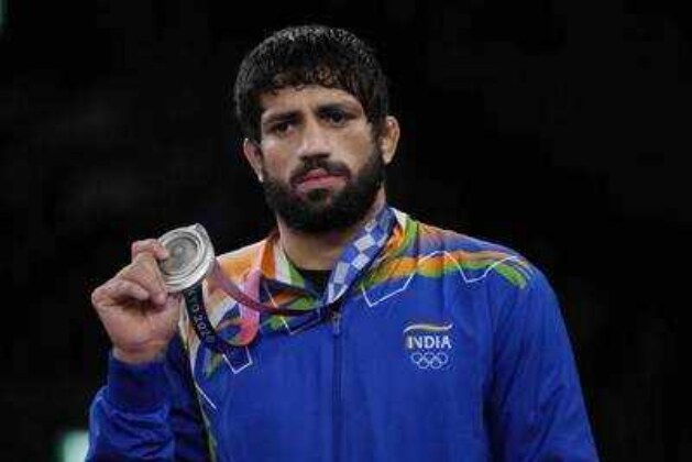Tokyo Olympics 2021 Live Updates: Wrestler Ravi Dahiya settles for silver, Deepak Punia loses bronze medal match.