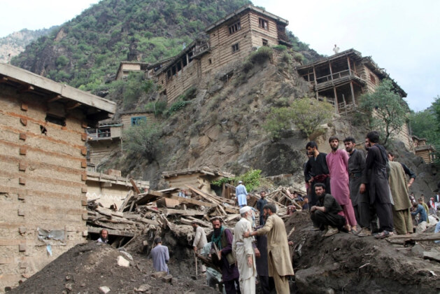 Death toll in Afghanistan floods tops 100, dozens still missing